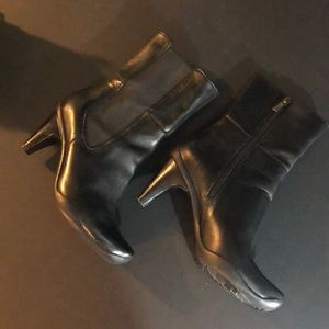 Kenneth Cole reaction love buzz boots 6